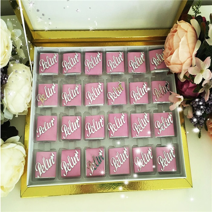 Pleksi Özel İsimli Çikolata Kutusu