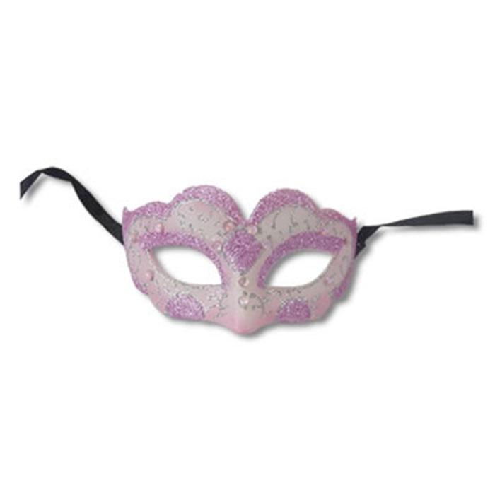 Parti Maskesi Kadın