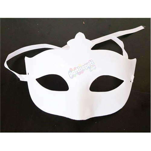 Yılbaşı Beyaz Maske