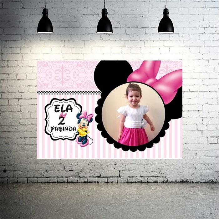Minnie Mouse Temalı Pembe Kişiye Özel Afiş